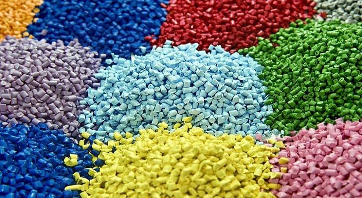 گرانول پلاستیک- پلاستیک چیست؟
